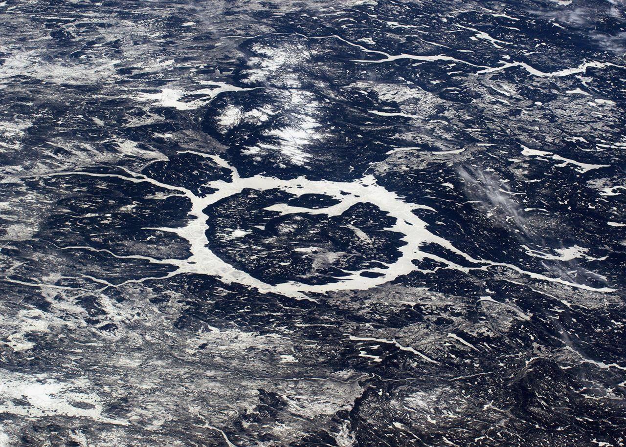 Ударный кратер Маникуаган в Канаде